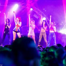 Spice Girls, Tribute, Totally Spice, Boeken, Bookings