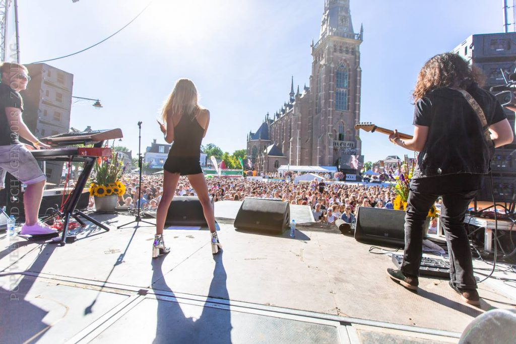 FLEUR, band, live, crazy piano's, The Voice of Holland, Boeken, prijs,