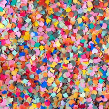 snippers, confetti, streamers,